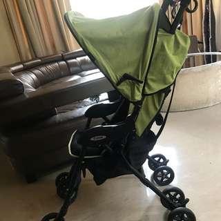 Combi Quickids Ultra Lightweight Stroller