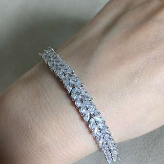 BN Crystal Bracelet
