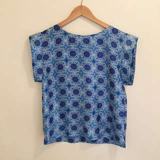 Sheike blue print top