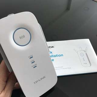 TP-Link Wifi Extender RE450 (used 1year)