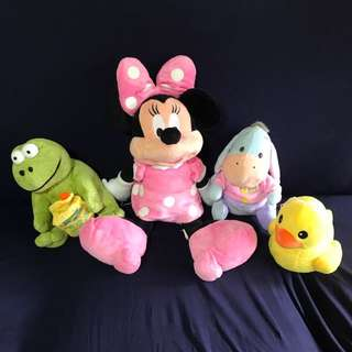 Minnie Mouse and other stuffed toys