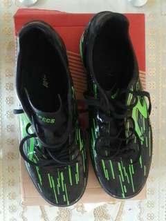 Sepatu futsa speec