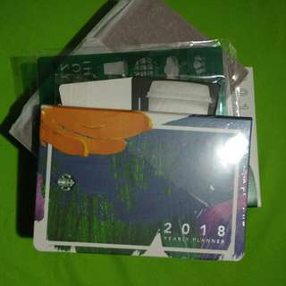 Starbucks 2018 Planner (small)