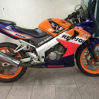 Honda CBR 150 R 2004