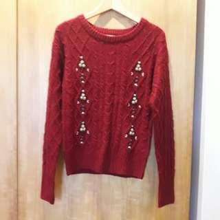 🚚 紅色繡花毛衣