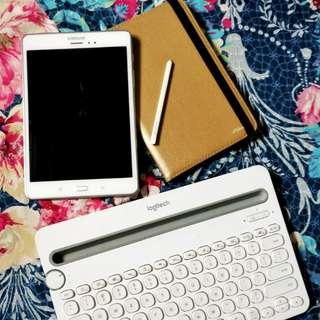 Samsung Galaxy Tab A 8.0 LTE with S pen + Logitech Bluetooth Keyboard