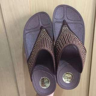 Flip flop look a like bkk