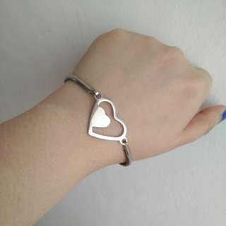 Stainless steel Heart bangle