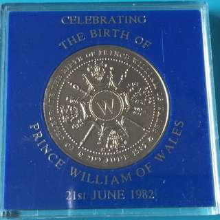 U.K. Birth of Prince William medal year 1982 sale 30%