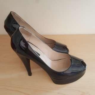 Tony Bianco Bravado Black Patent Size 7