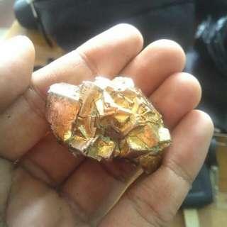 Batu mustika sarang jinn timur tengah