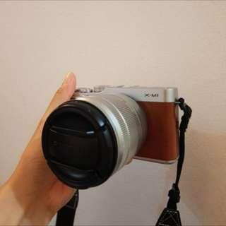Fujifilm xm-1 (xm1) mirrorless camera