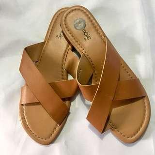 Slippers Tan