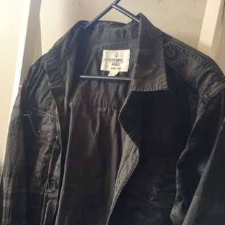 ARMY CAMO BUTTON UP JACKET