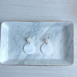 珍珠貝母圓片耳環