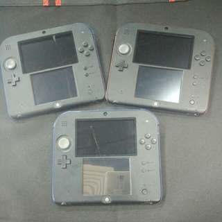 Used 2DS come with 1free games
