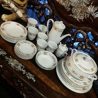 Vintage Tea Por Dinner Set 30 Pcs Set Royal China Made In Japan