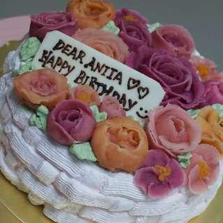 荳蓉玫瑰唧花生日蛋糕
