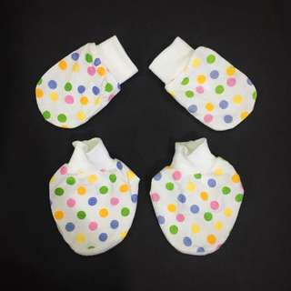 Baby Girl Polka Dot Mitten Booties