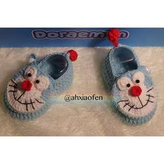Crochet Doraemon baby shoes