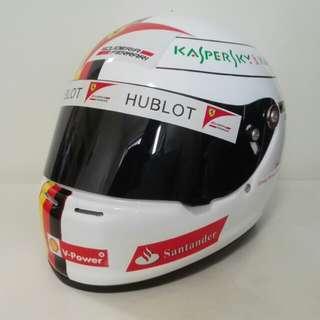 法拉利 F1 車手 Vettel 拉花 頭盔