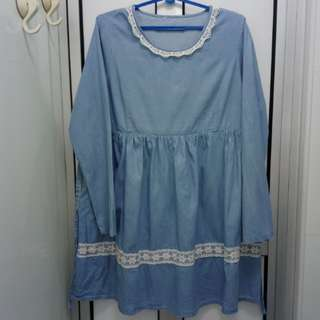(3 for $20) Blue long-sleeve loose dress with lace hemming