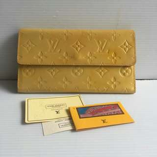 Lv wallet with noser