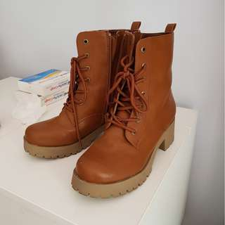 Brown Winter Boots