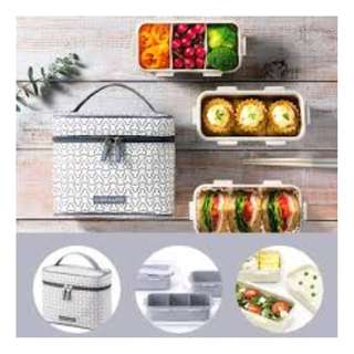 SALE LOCK&LOCK Lunch Box Clover Set 3 Layer with Chopstick @236.000