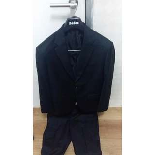 1 Stel Jas Hitam dan Celana Panjang Agus Lim Tailor