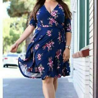 Blue florar dress w/ ribbon
