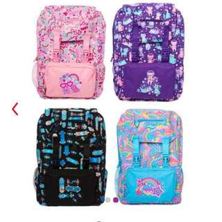 Smiggle snaps foldable backpack