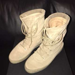 100% AUTHENTIC Yeezy Crepe boots Taupe