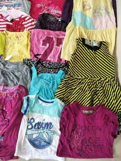 Selling pre-love clothes,all are in good condition