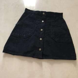 Skirt button