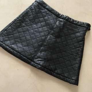 Leather skirt editor's market