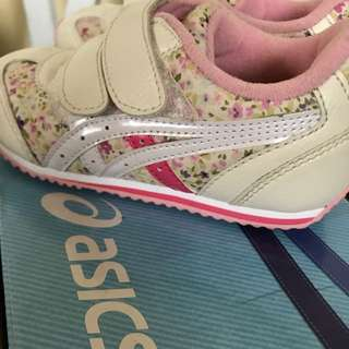 Used Asics Toddler Shoes