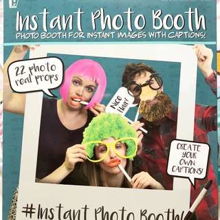 Instant photo booth set