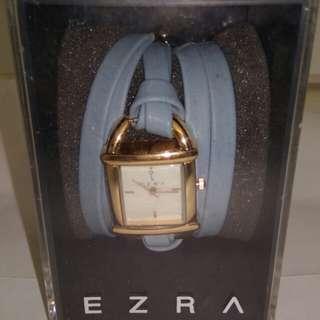 Ezra Jam Tangan Biru Tali Panjang
