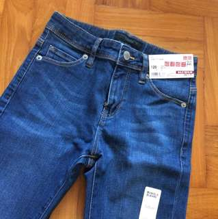 BN Uniqlo Girls Skinny Fit Jeans 120cm