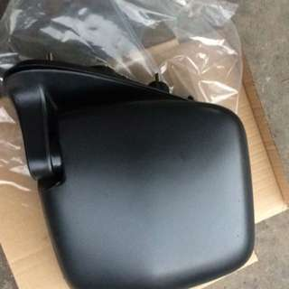 Hiace 2014 side mirror