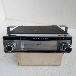 VECTON 8-Track 汽車錄音机(古董) Special price $280