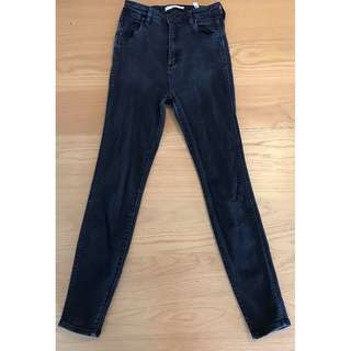 HIGH WAISTED WASHED BLACK WRANGLERS