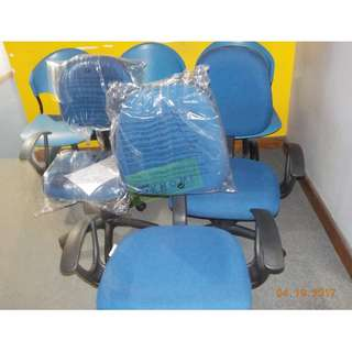CLERICAL CHAIR WITH ARMREST BLUE--KHOMI