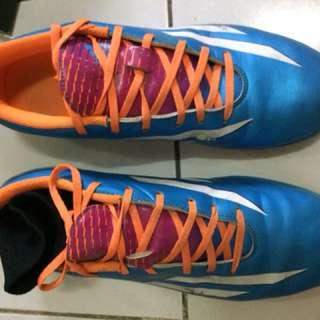 Adidas F10 futsal
