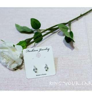 韓國耳環,新品,菱形珍珠