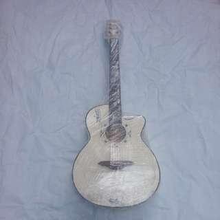 🚚 白色木吉他,可接音箱