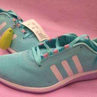 Sepatu adidas original 100%
