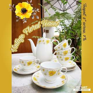 1970s Porcelain Floral Teaset (1pc teapot + 5pcs cups + 5pcs saucers). Good Condition, no chip no crack. All 11 items for $22 only.  sms 96337309 for Fast Deal !