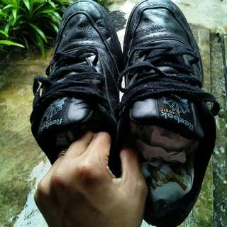 kasut Reebok shoes ( offer with pos)